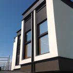 Detalhes das Janelas em Casa com Arquitetura Moderna