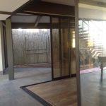 Área Interna em Casa com Arquitetura Moderna
