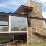 Arquitetura Moderna Casa Fachada Frontal em São José do Rio Preto