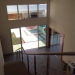 Residência Moderna Entrada por Arquitetos em Rio Preto